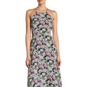 Front Layer Tie High Neck Maxi
